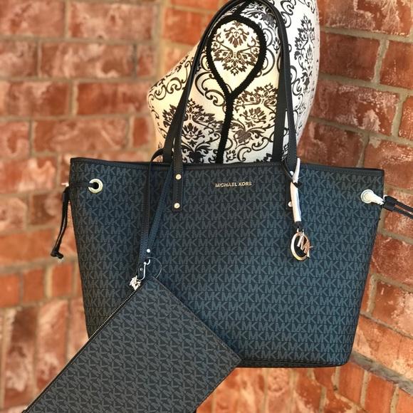 568717a7dc9f Michael Kors Bags | Jet Set Travel Reversible Tote Bag | Poshmark